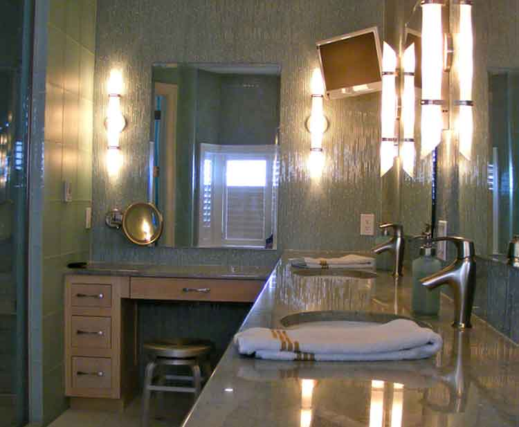 Luxury bathroom in a home in Virginia Beach built by Covington Contracting
